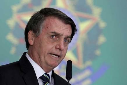 Jair Bolsonaro mette a repentaglio la salute deibrasiliani