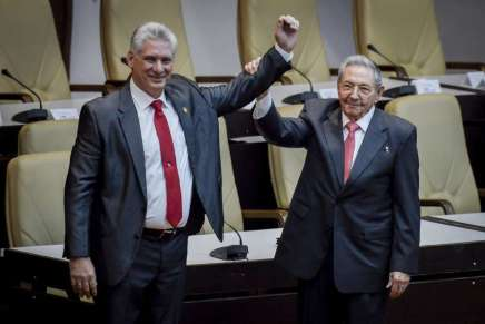 Cuba: a Miguel Díaz-Canel il compito di portare avanti larivoluzione