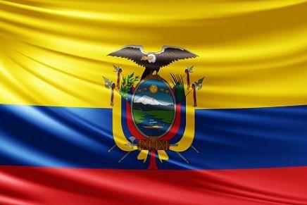 """Ecuador, Correa contro la sanità privata: """"O ricevono tutti onessuno"""""""