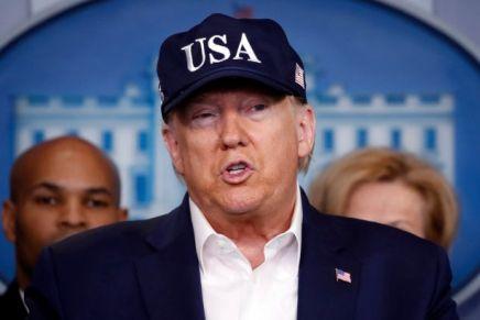 Coronavirus: le figuracce di Donald Trump e lo studio che inchioda gliUSA
