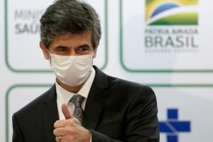 Brasile: nessuno vuole essere il ministro della sanità diBolsonaro