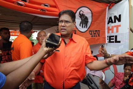 Suriname: Chan Santhoki acclamato nuovopresidente