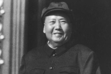 """Mao Zedong: """"O la concezione proletaria del mondo o la concezione borghese""""(1957)"""