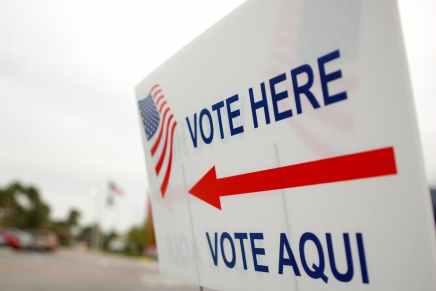 Il peso del voto latino: Trump migliora, ma Bidenvince