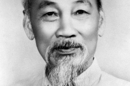 """Hồ Chí Minh: """"Il Comunismo e l'Asia""""(1921)"""