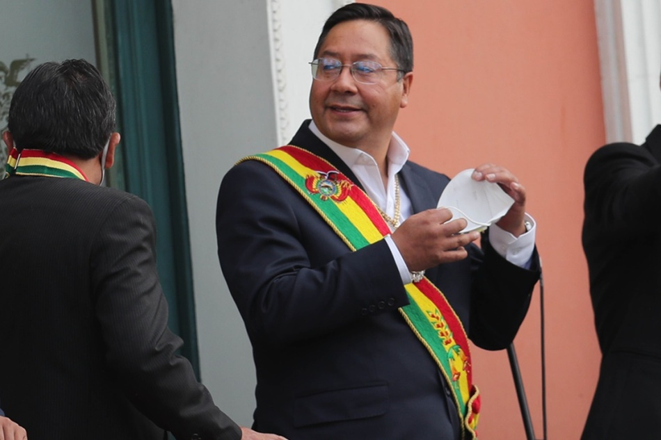 La Bolivia si affida ai vaccini di Russia eCina
