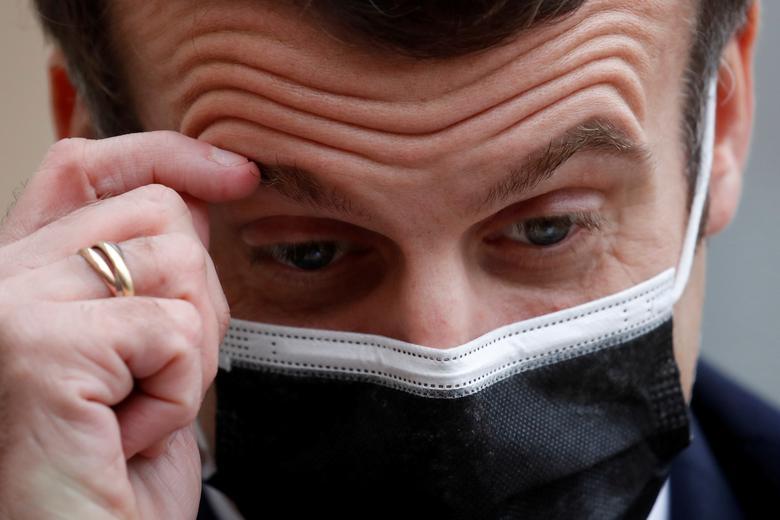"""Francia: Emmanuel Macron """"salvato"""" dalCovid-19"""