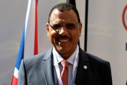 Niger: ballottaggio tra Bazoum eOusmane