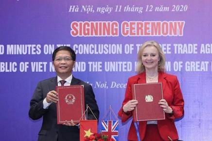 Vietnam: accordo con il Regno Unito, scontro con gli StatiUniti