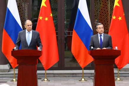 Cina e Russia suggellano la nascita di un fronteanti-USA