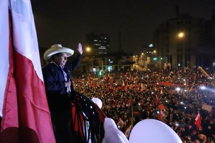 Perù: Pedro Castillo vince, ma la destra già trama ilgolpe