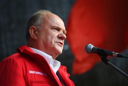 """Russia: il Partito Comunista chiude vicino al 19%, Zjuganov attacca Putin: """"Voti spariti nellanotte"""""""