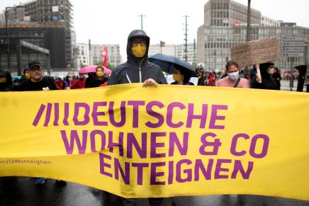 Germania: a Berlino vince il referendum per l'esproprio degliappartamenti